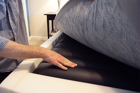 inside of an adjustable air mattress