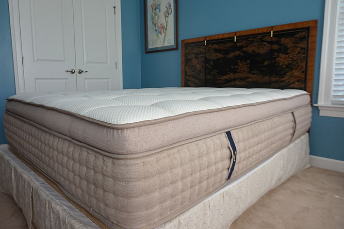 DreamCloud Mattress side view